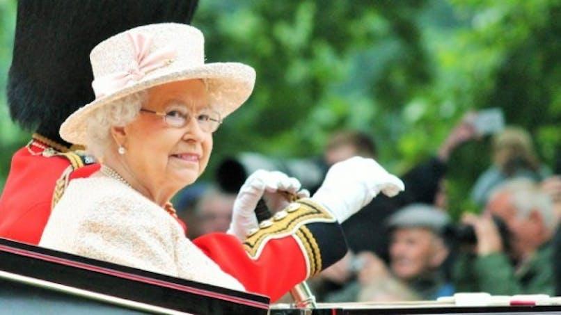 En forme à 90 ans: les secrets de longévité de la Reine Elisabeth