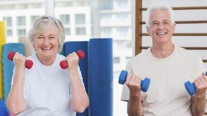 Seniors: deux séances de musculation par semaine réduisent le risque de décès