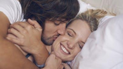Comment la fréquence des rapports sexuels influence le couple