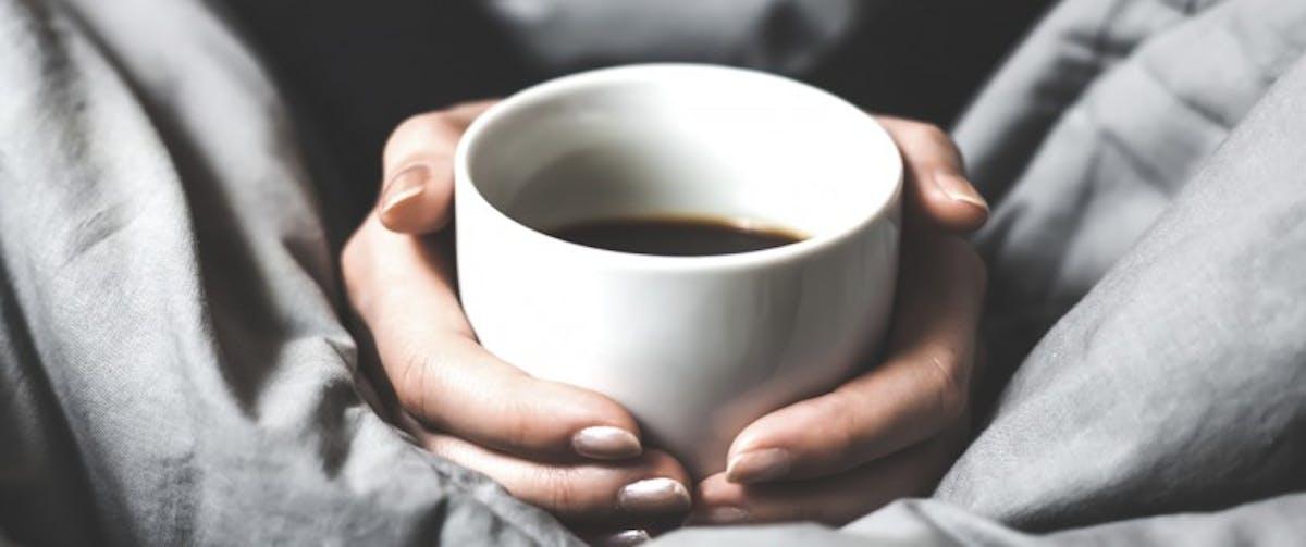 4 signes que vous buvez trop de café   Santé Magazine
