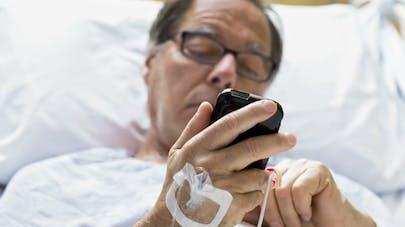 Peut-on se servir de son téléphone portable à l'hôpital?