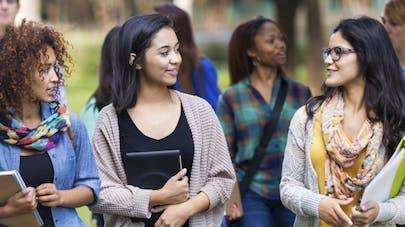 On va parler de l'endométriose dans les collèges et les lycées
