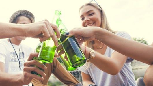 Bientôt un bracelet connecté pour connaître sa consommation d'alcool