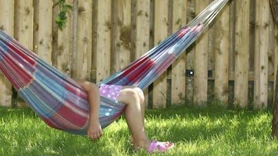 Enfant: les habitudes de sommeil à adopter en vacances
