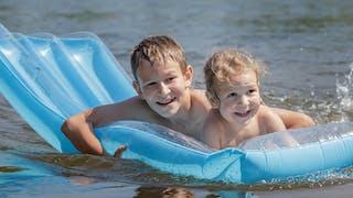 Bien vivre avec une dermatite atopique en été