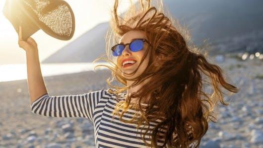 Comment protéger les cheveux du sel, du soleil et du chlore