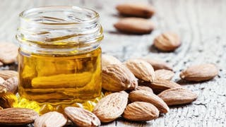 3 façons d'utiliser l'huile d'amande