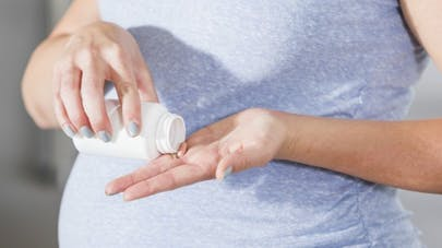Paracétamol et grossesse: attention aux risques pour l'enfant