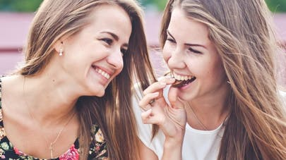 Avoir des amis minces aide-t-il à maigrir?