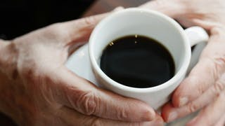 Senior: le lien entre caféine et mémoire