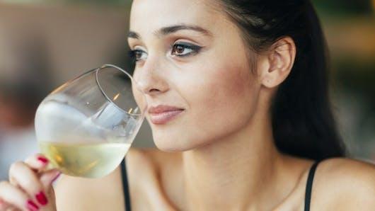 Fertilité: quelques verres d'alcool ne seraient pas dangereux