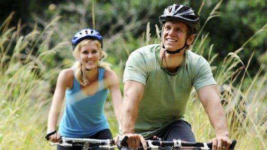 Oui, le casque à vélo est vraiment essentiel!