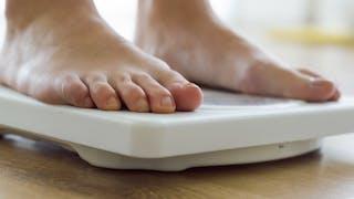 Obésité: un pas de plus vers une thérapie brûle-graisse