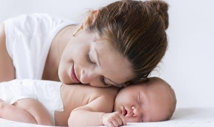 La sophrologie aide à créer le lien mère-enfant