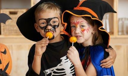 Halloween: trop de substances indésirables dans les masques, maquillages et bonbons
