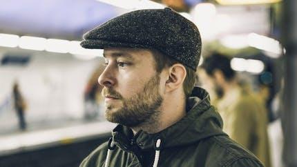 Perte de cheveux: le chapeau aggrave-t-il la situation?