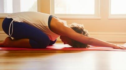 Yoga: une pratique régulière pourrait faire baisser la tension artérielle