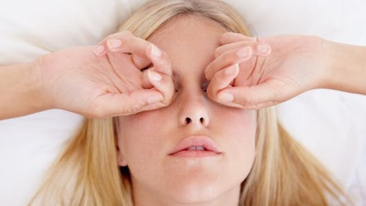 4 astuces pour prendre soin de sa peau la nuit