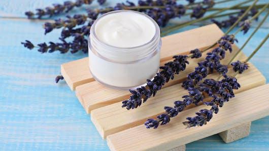 6 recettes de cosmétiques maison contre le froid