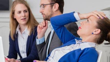 Travail: je ne supporte pas mon collègue, que faire?