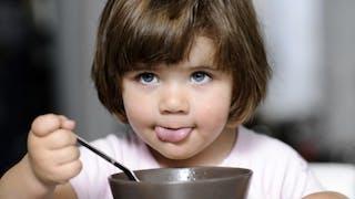 Parents: l'erreur qui peut affecter le poids de votre enfant