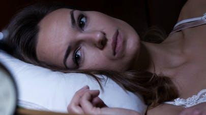Insomnies, apnées... un questionnaire du sommeil pour savoir qui consulter