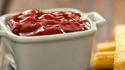 Faut-il mettre le ketchup au frigo?