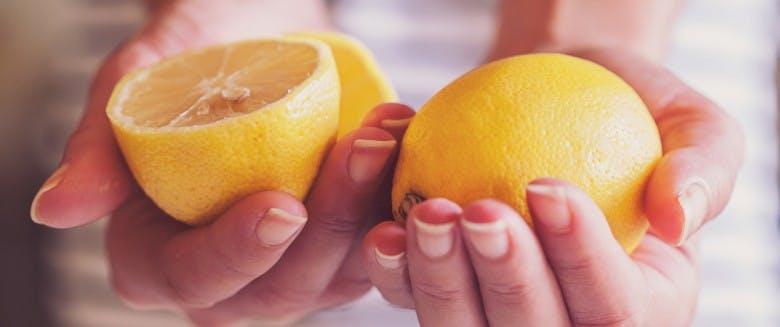 L Eau Au Citron Aide T Elle Vraiment A Perdre Du Poids Sante