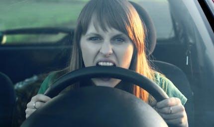 Pourquoi sommes-nous si énervés au volant?