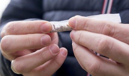 Le cannabis multiplie par 4 les risques cardiaques