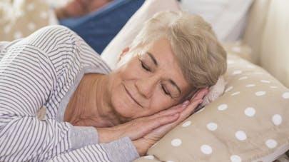 Vieillissement: le sommeil profond serait la clé d'une bonne santé