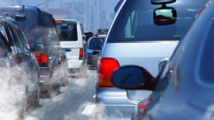 """Crises cardiaques: l'effet néfaste de la pollution sur le """"bon"""" cholestérol"""