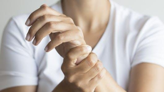 5 remèdes naturels pour soigner le syndrome du canal carpien