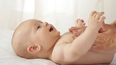 3 bonnes raisons de masser votre bébé