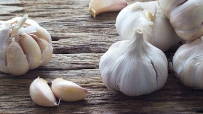 Eat Raw Garlic to Enjoy Its Benefits |  Health Magazine