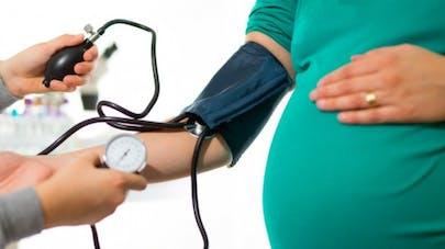Journée mondiale de l'hypertension: des situations à risque très spécifiques chez les femmes