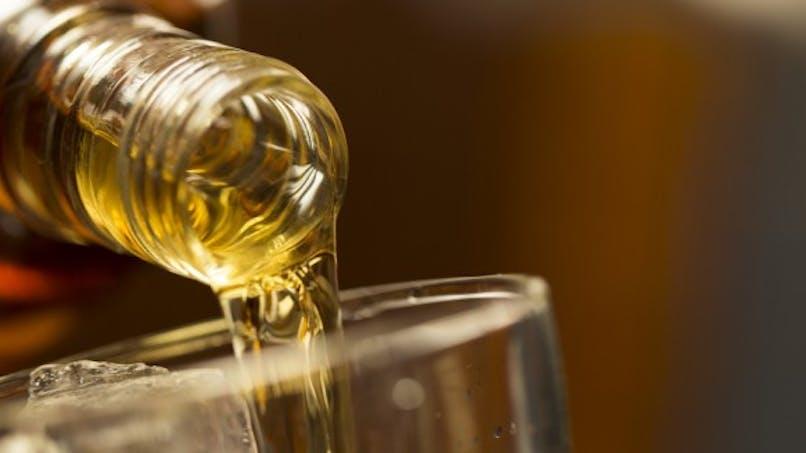 Brad Pitt arrête l'alcool: pourquoi est-ce si difficile?