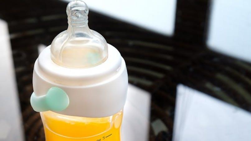 Enfants: avant 1 an, évitez les jus de fruits