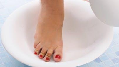 Pourquoi mettre ses pieds dans l'eau froide?