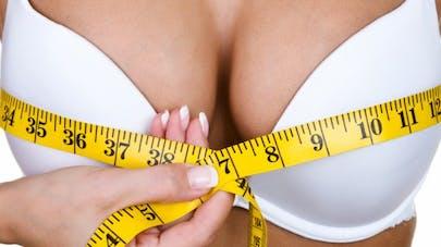 Augmentation mammaire:  les 4 sources d'inquiétude de votre compagnon