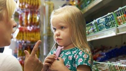 Batman, Minions... plus de mascottes publicitaires pour les aliments peu sains pour enfants?