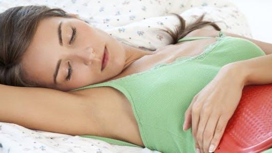 Comment notre cycle menstruel évolue avec l'âge
