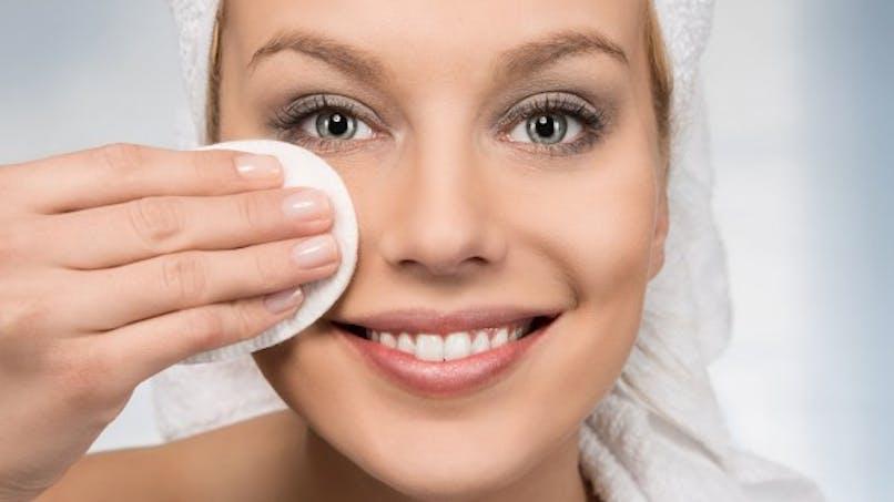 La pollution aggrave l'acné