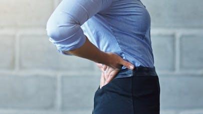 Mal de dos: des sous-vêtements intelligents comme outil de prévention