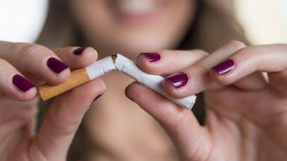 Quand la chirurgie esthétique aide à arrêter de fumer