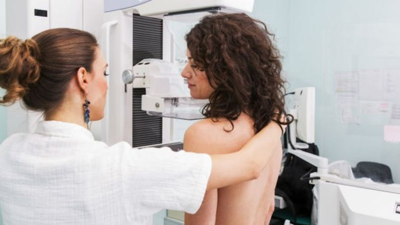 Cancer du sein: la notion de dépistage fait écho chez une majorité de Français, mais pas sa pratique