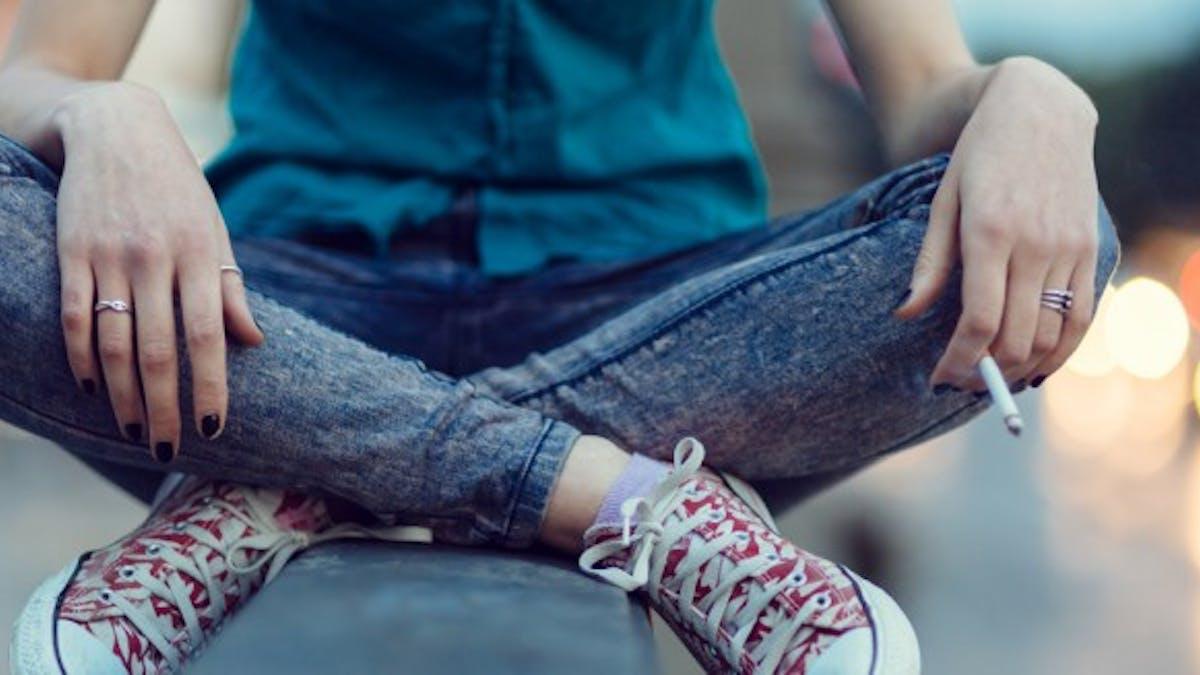 L'autorisation de fumer ne sera pas rétablie dans les collèges et les lycées