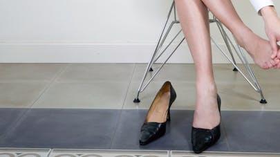 Allergies aux chaussures: comment les éviter