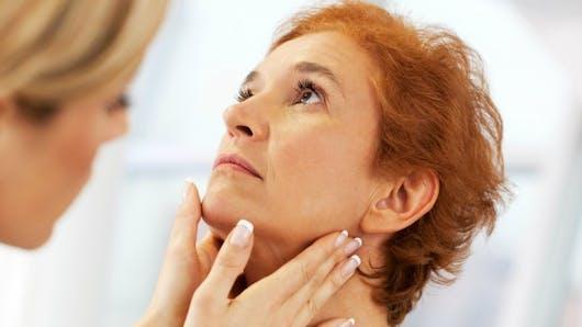 """""""Prendre le cancer à la gorge"""": ne pas attendre pour consulter dès les premiers symptômes"""
