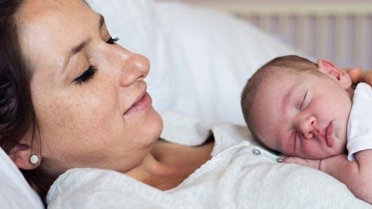 Mortalité maternelle: les hémorragies tuent de moins en moins